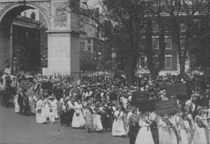 Manifestació a favor del vot femení a Nova York a l'any 1913
